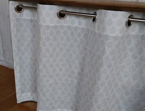 ミニ目隠しカーテンのご紹介